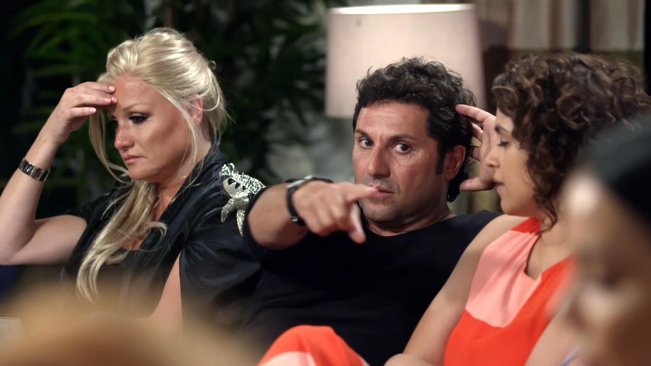 Tracey confronts Nasser