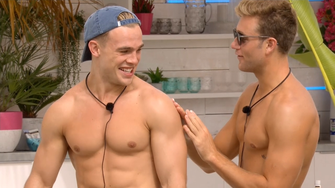 Charlie and Josh get sexy with sunscreen