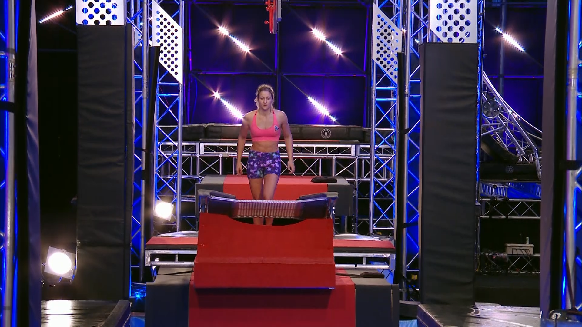 Ep8 - Raphaela Wiget splashes out on the Bar Hop - Australian Ninja Warrior 2019
