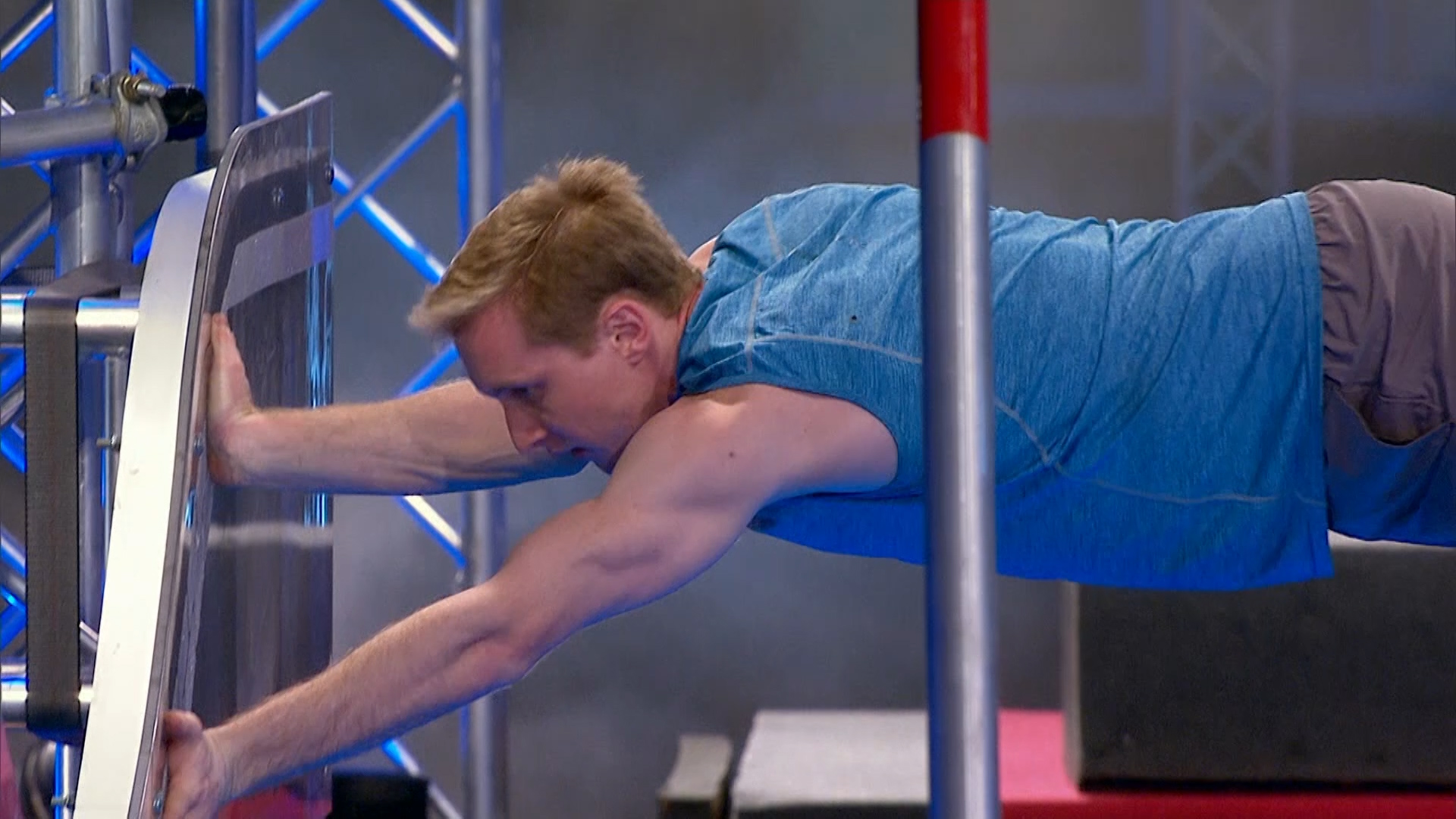 Ep10 – Rob Patterson's Stage 3 run ends abruptly – Australian Ninja Warrior 2019