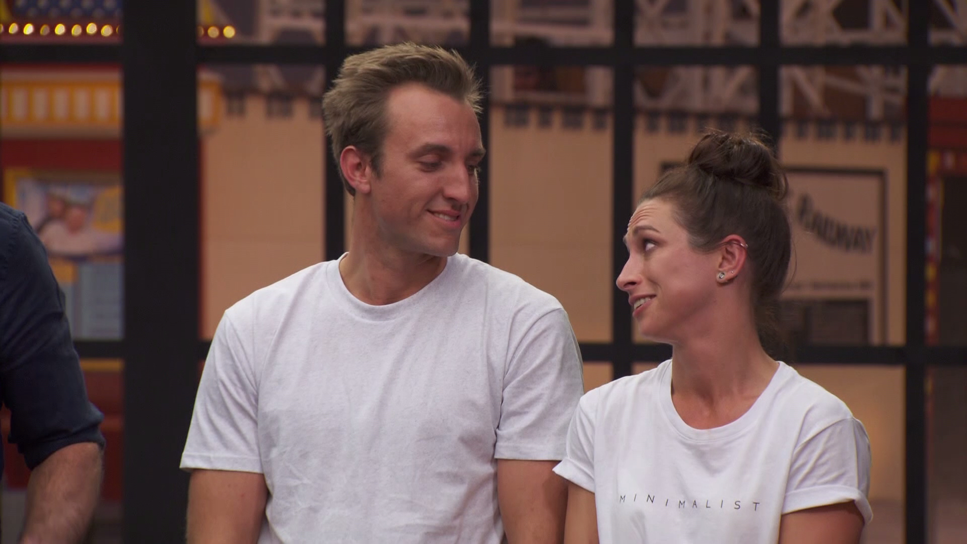 Judges take aim and Jesse and Mel's decision to add a block to their shower
