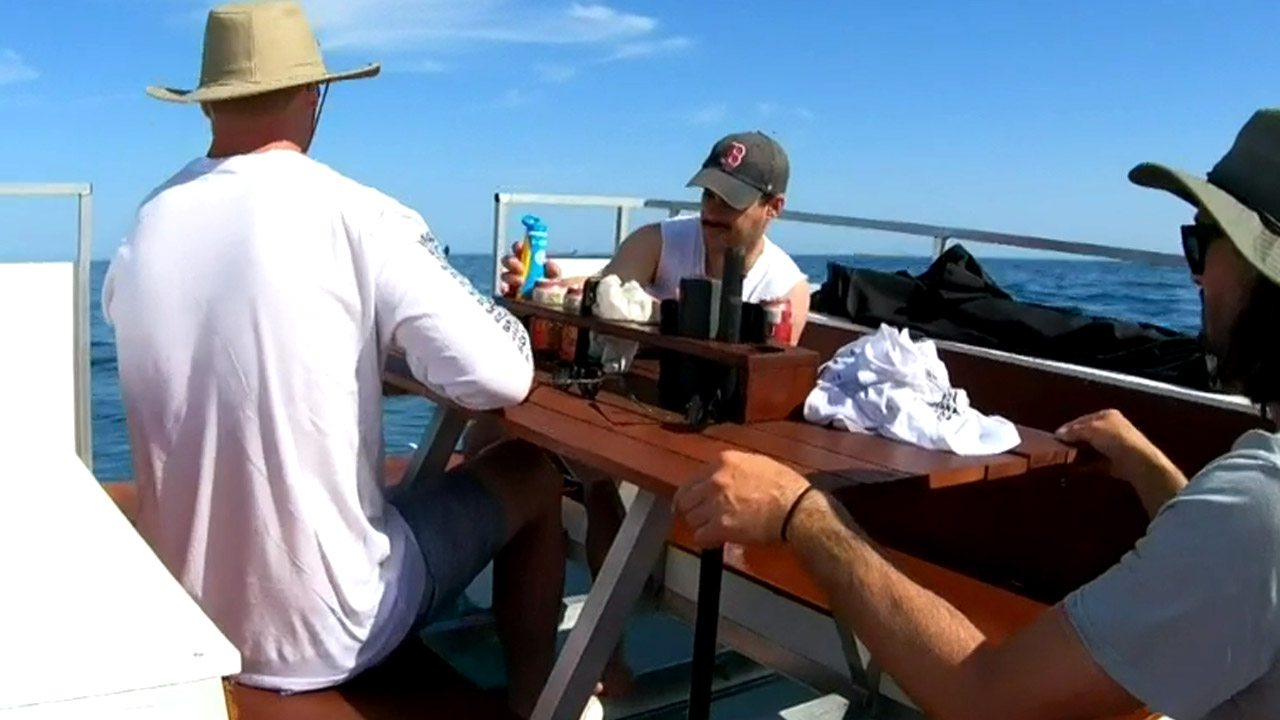 Group of mates sail picnic table from Perth to  Rottnest Island