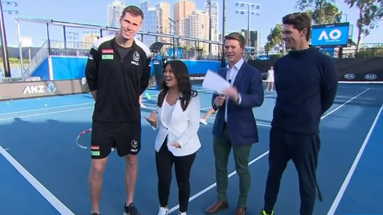 Height difference between Mason Cox and Tracy Vo is hilarious