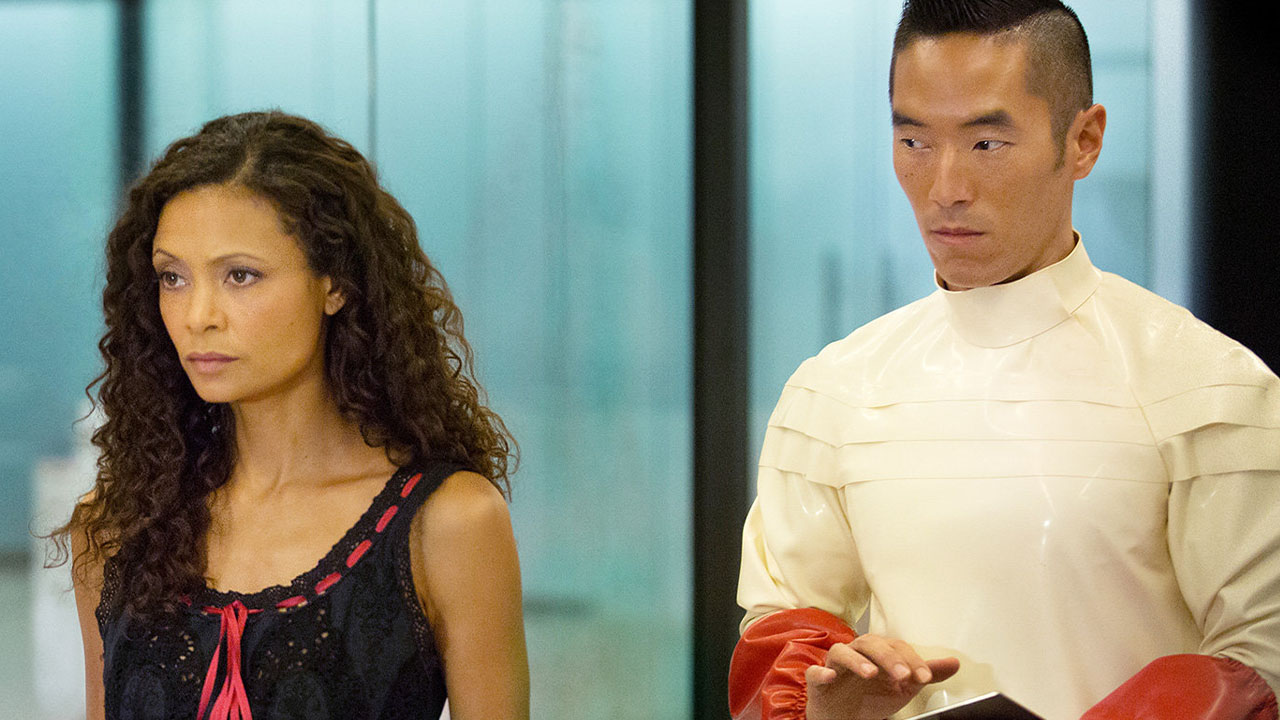 Westworld actor takes a stand against coronavirus racism