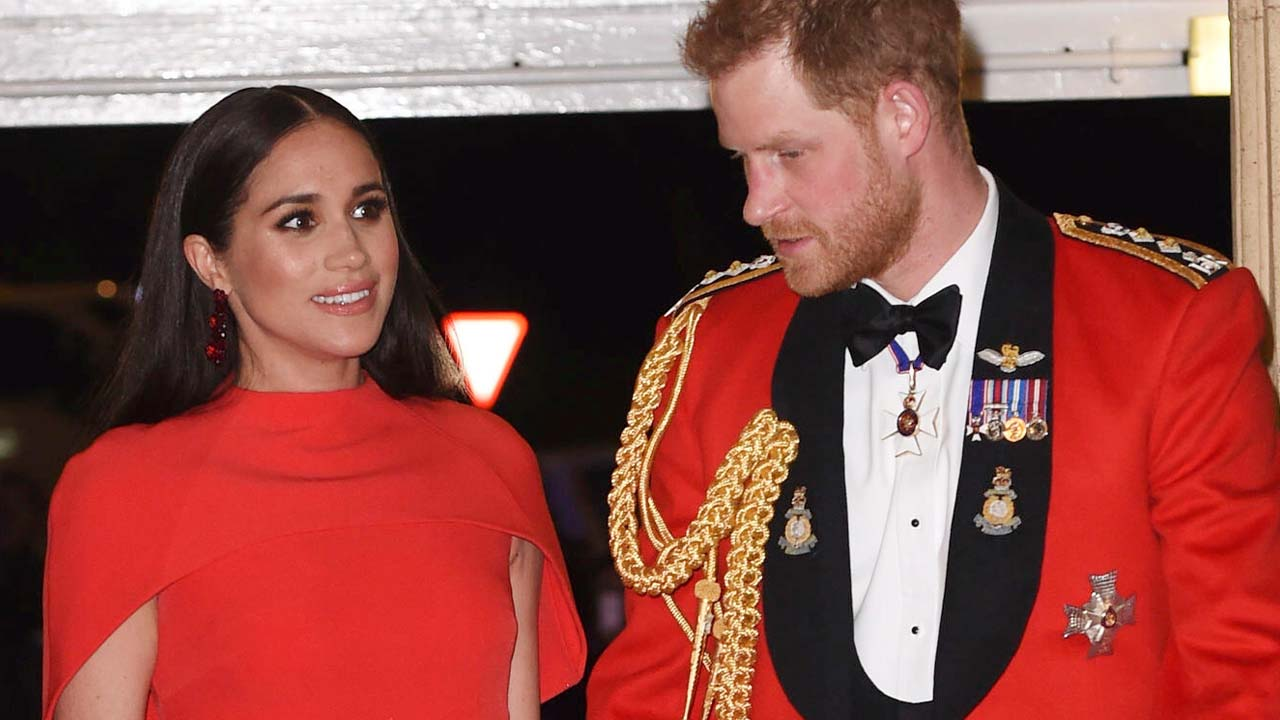 Prince Harry's private texts to Thomas Markle revealed