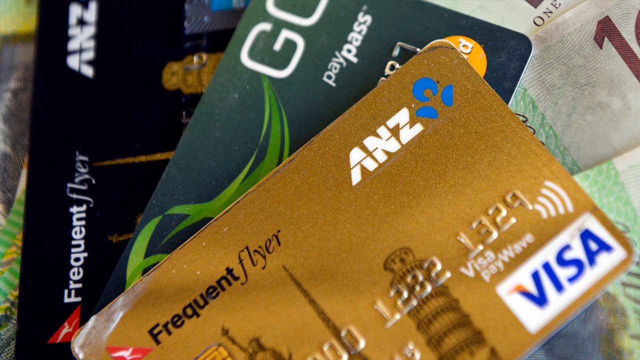 Pandemic pushes Australia towards cashless society