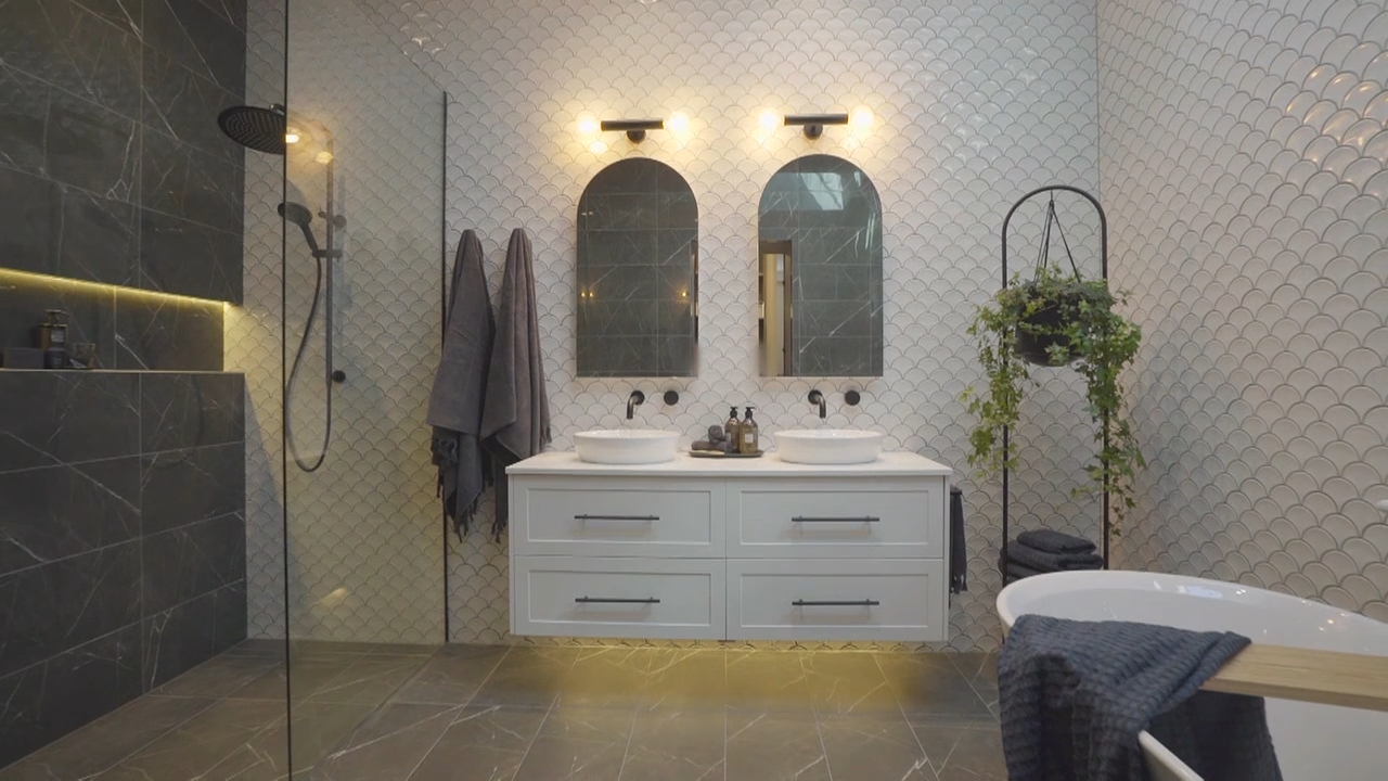 Daniel and Jade's Master Ensuite revealed