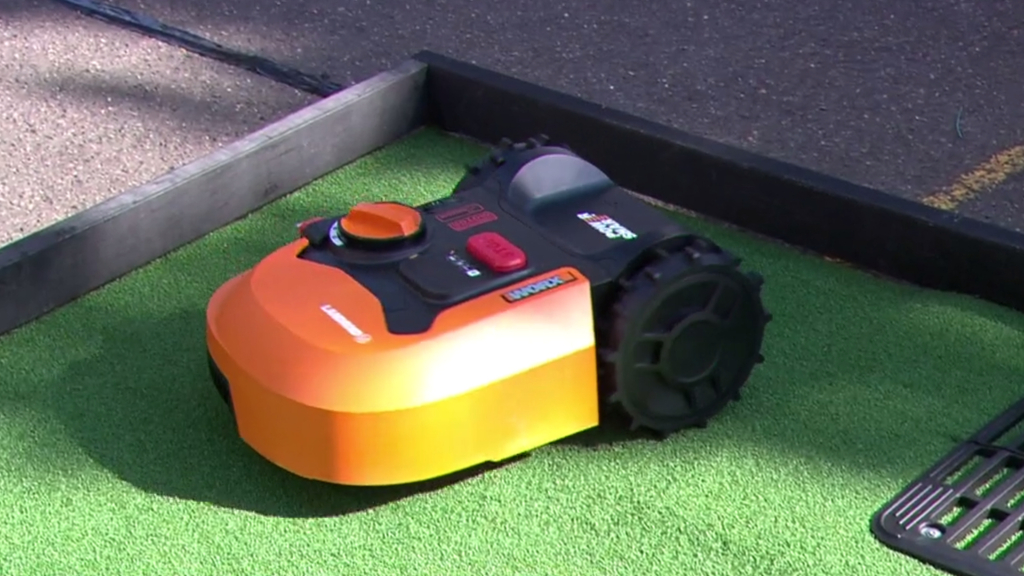 New high-tech way to mow the lawn