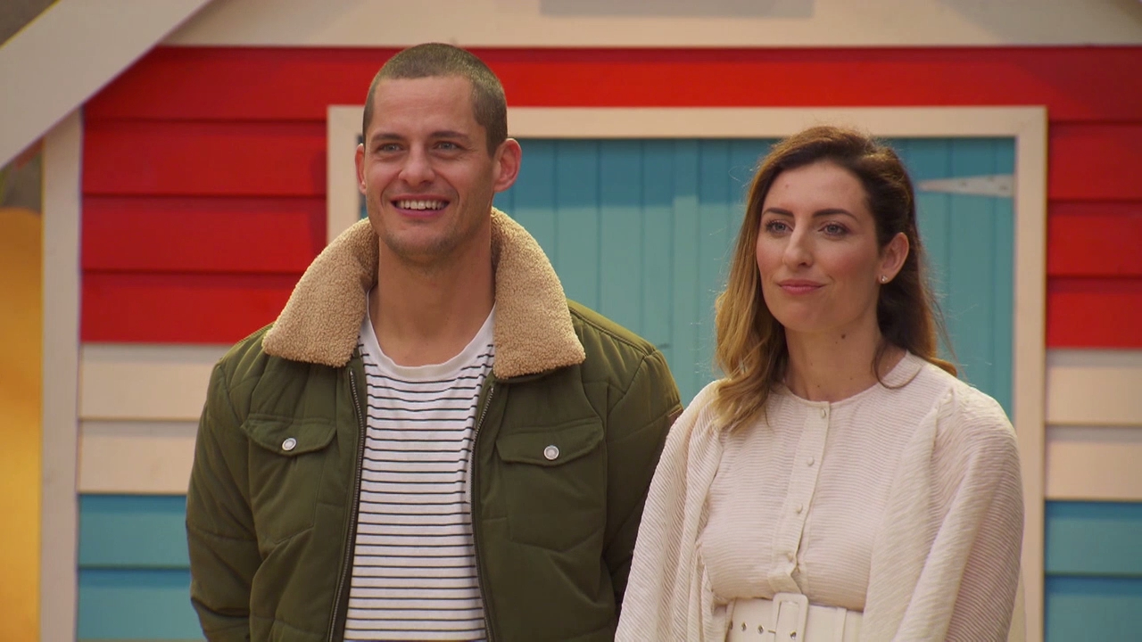 Judges gush over Luke and Jasmin's stunning rooms