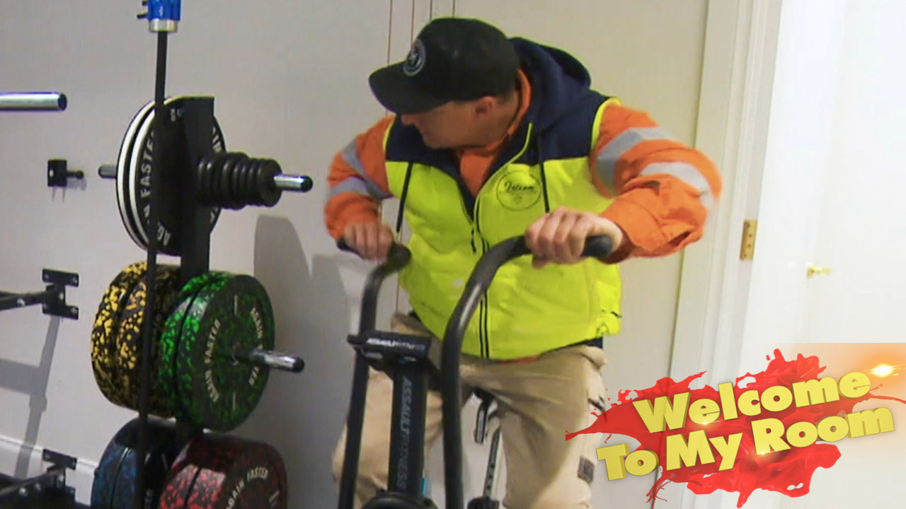 Welcome To My Room: Jimmy and Tam show off their gym during their Studio and Garage tour