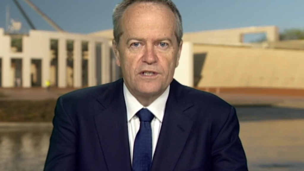 Bill Shorten lashes 'offensive, immature' China over controversial fake photo
