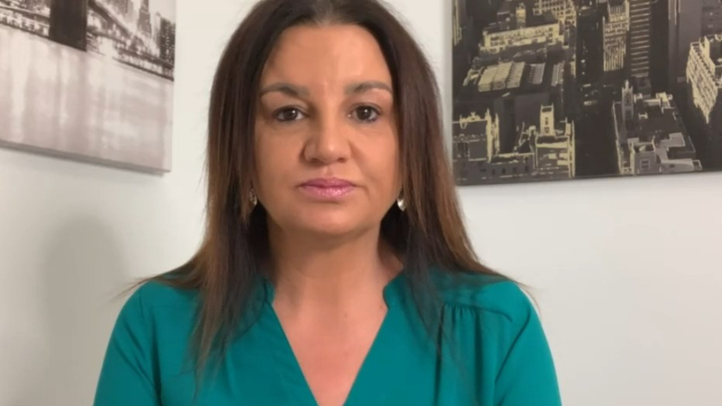 Jacquie Lambie calls on Prime Minister Scott Morrison 'to stand up'