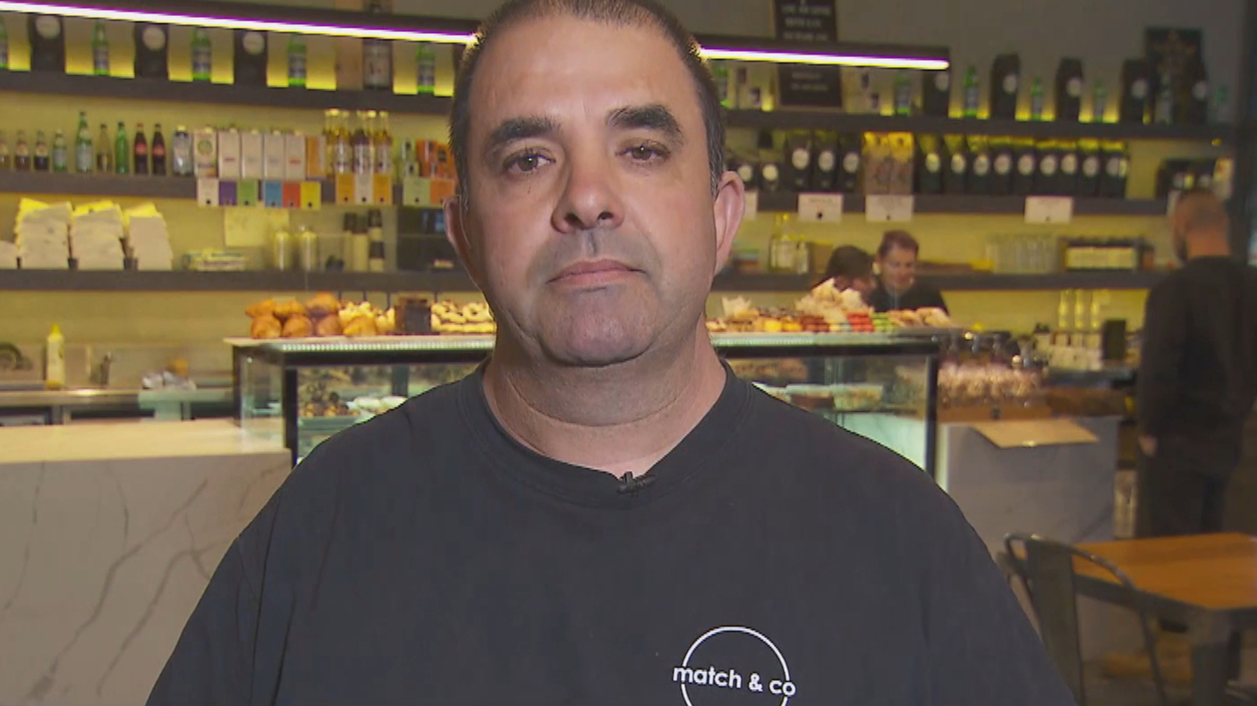 Frustrated cafe owner claims job seekers are only applying for 'centrelink purposes'