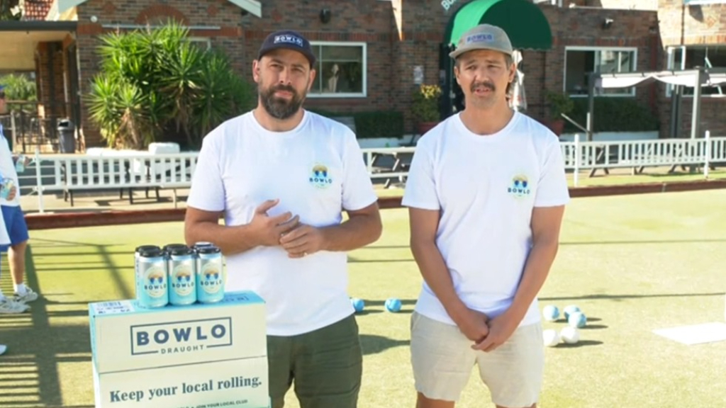 Aussie blokes on a mission to save bowlos