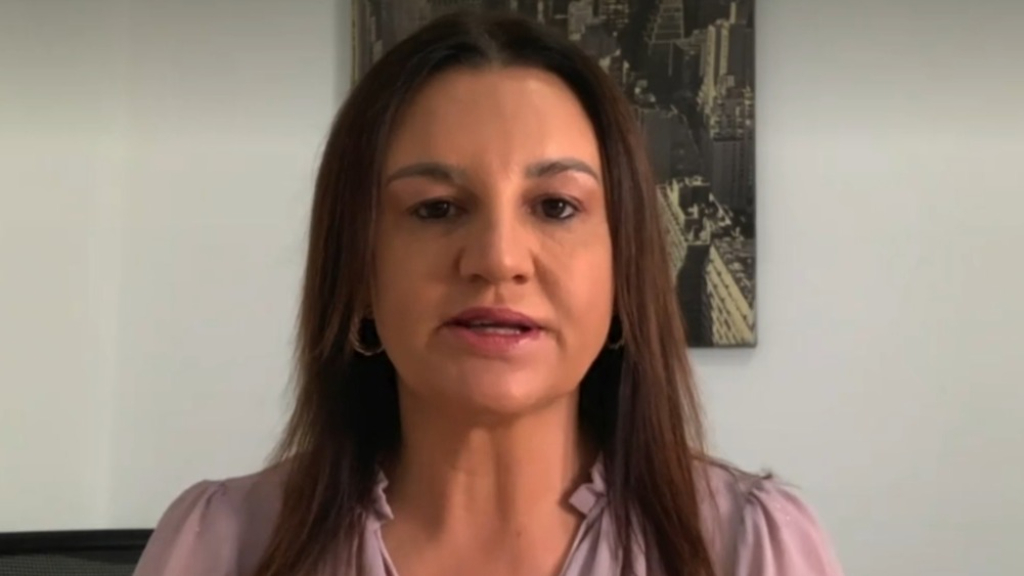 Jacquie Lambie lashes secretary who warned 'drums of war' were beating with China