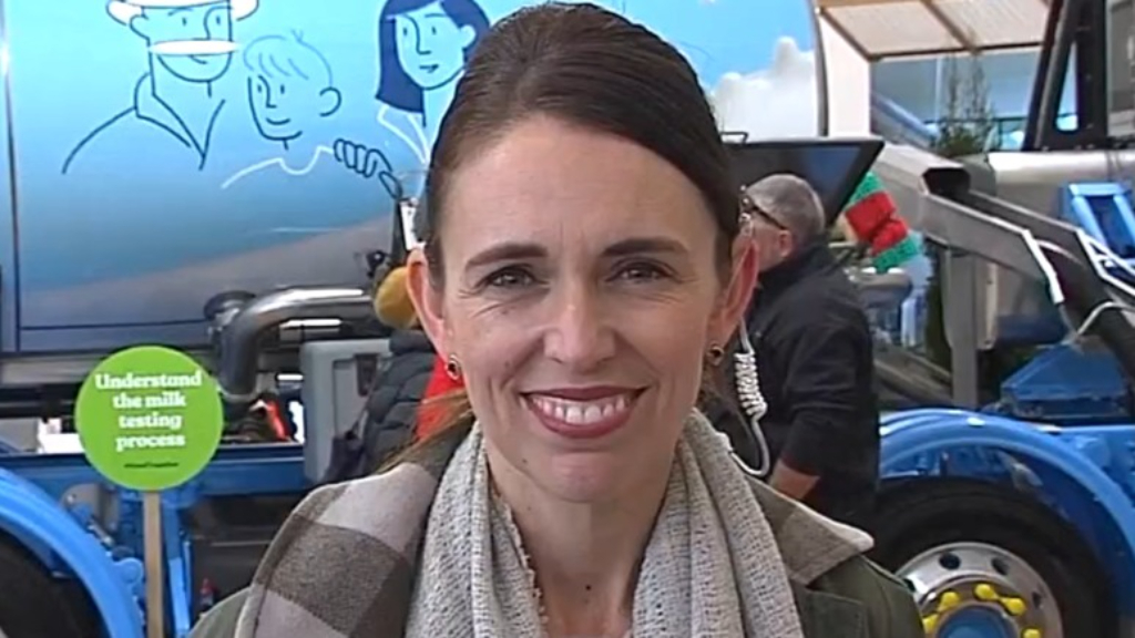 Jacina Ardern vows to do everything possible to keep travel bubble open