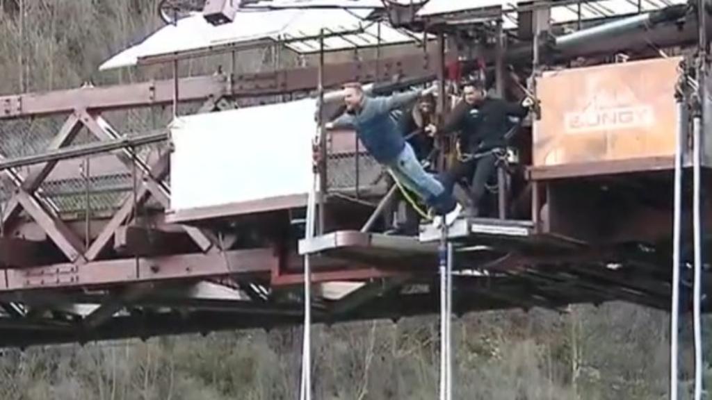 Watch the moment Tim Davies plummets hundreds of metres