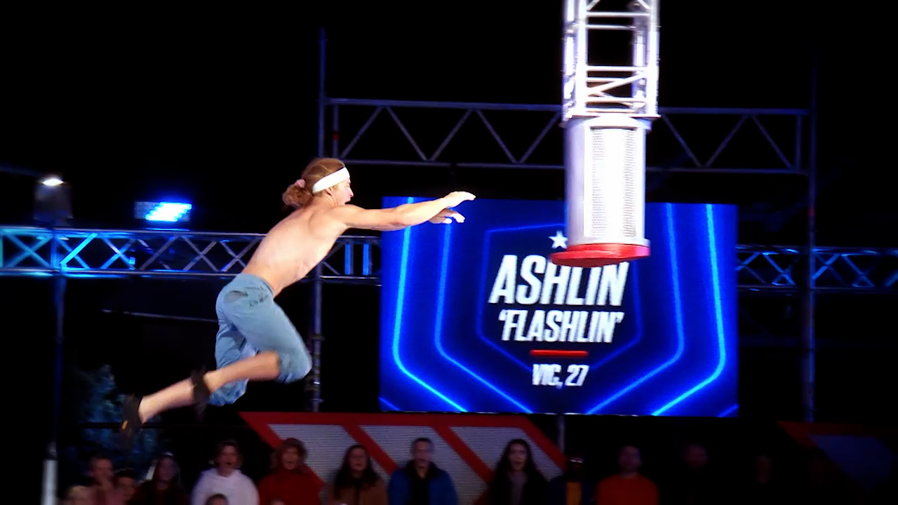 Ashlin Herbert attempts a world record on the Soaring Sonic Shelf Grab