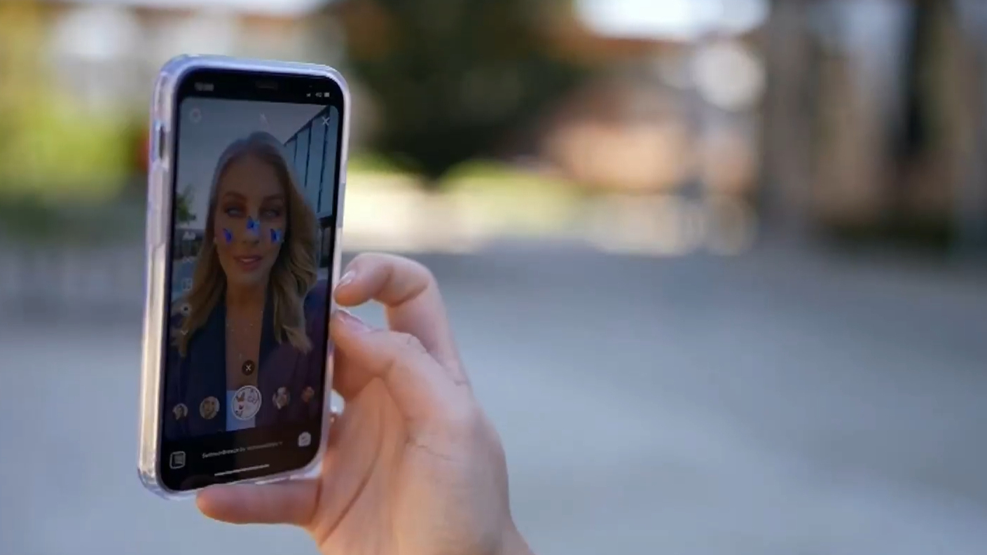 The dark side of face filters