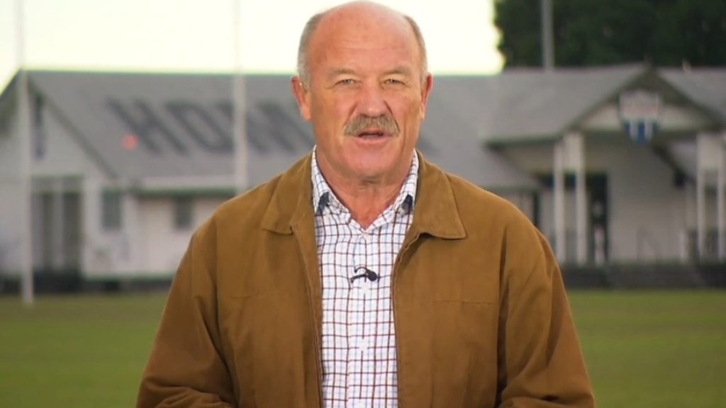 Wally Lewis says 'pressure' is on Queensland players
