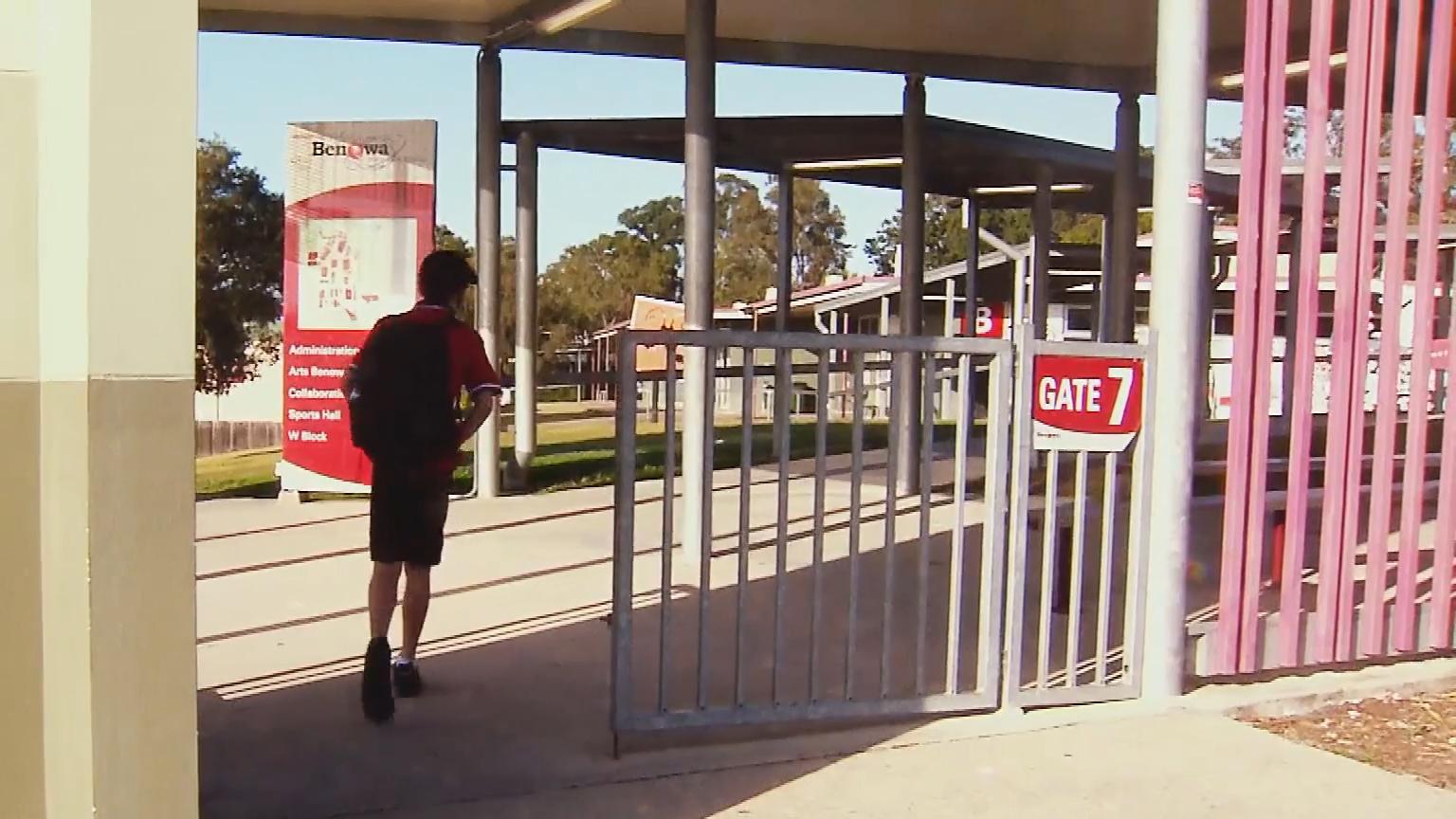 Coronavirus spreads through Aussie school children for first time