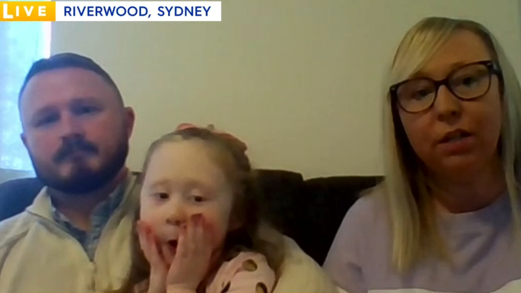 Sydney couple who contracted COVID-19 describe 'scary' battles with virus