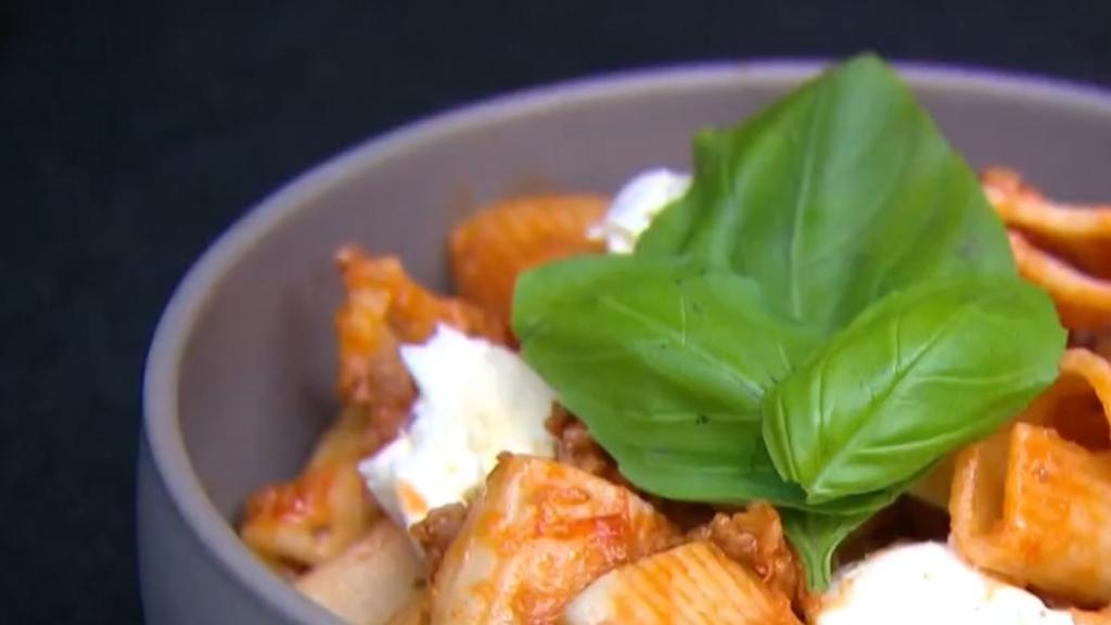 Mum's shares secrets behind 55 cent meals