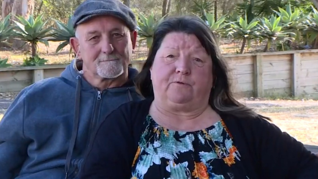 Couple slam 'generic letter' from Victoria Health barring them from state