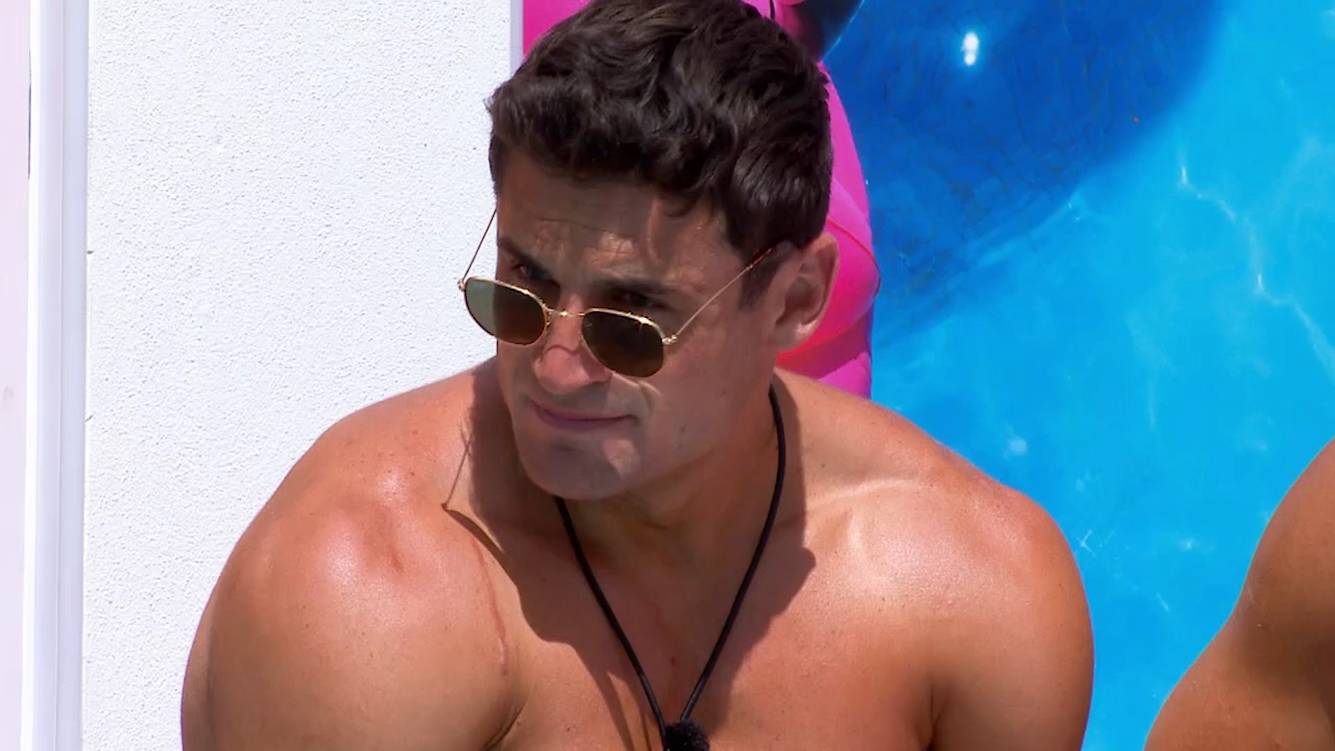 Mitch finally makes a decision between Emily and Tina